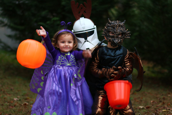 Daddy and the kids for Halloween