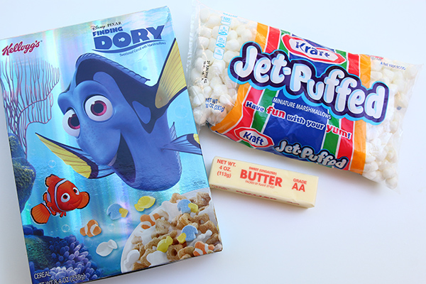 Finding Dory treats: Recipe for Finding Dory Cereal Bars