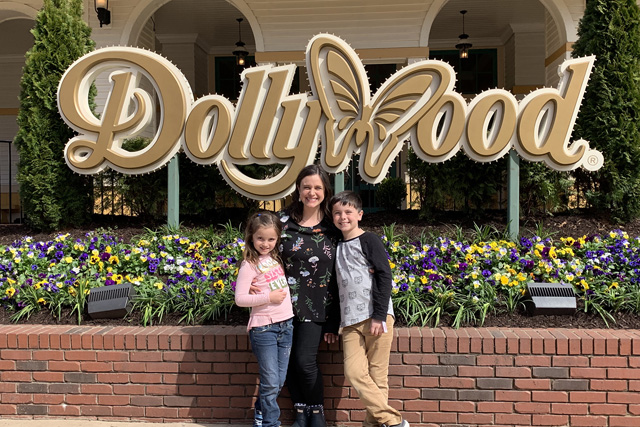 Dollywood DreamMore Resort Review & Benefits